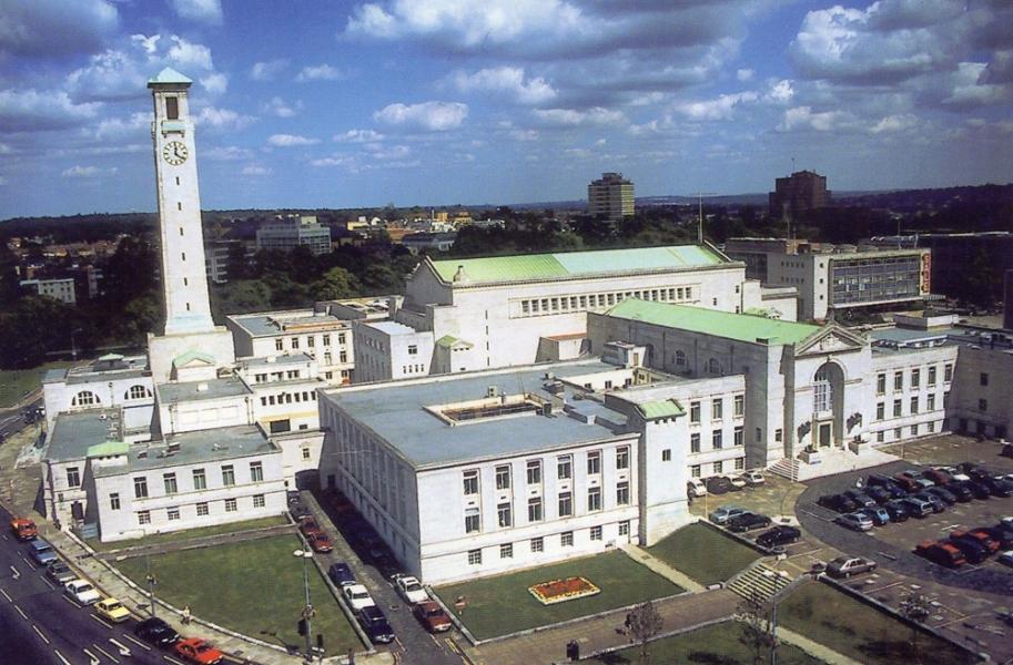 Postcard of Southampton Civic Centre